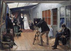 Pascal-Adolphe-Jean Dagnan-Bouveret  La Noce chez le photographe  1879 (http://www.mba-lyon.fr/mba/)  (https://deuxieme-temps.com/2016/12/06/analyse-une-noce-chez-le-photographe-de-dagnan-bouveret/)