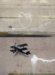 banksy_airplane