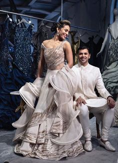 Gaurav Gupta Latest Evening Gowns And Their Prices Source by raymondkozakjklm gowns indian Anita Dongre, Lehenga Designs, Indian Designer Outfits, Designer Dresses, Sophia Tolli, Lehnga Dress, Lengha Choli, Princess Ball Gowns, Couture Week