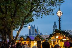London is a great place to celebrate the holiday season! Discover the best London Christmas markets and get in the festive mood | The Travel Tester