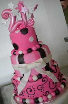 I want this cake for my 21st birthday :D