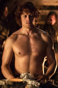 1a-105 ~ Jamie Fraser forced to display his scarred back to solicit donations to the Jacobite Cause