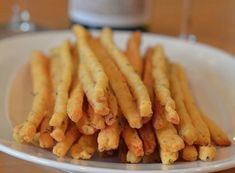 Southern Cheddar & Herb Cheese Straws-- make keto version Easter Appetizers, Healthy Appetizers, Appetizer Recipes, Thanksgiving Appetizers, Party Appetizers, Southern Appetizers, Easter Recipes, Cheese Recipes, Tapas