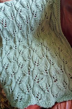"This week's Free Pattern Friday is the Summer Leaves Throw by Lynda Haneman: I know what you're thinking. ""Really Kate? A blanket pattern in July? Leaf Knitting Pattern, Knitting Stitches, Knitting Patterns Free, Knit Patterns, Free Knitting, Baby Knitting, Stitch Patterns, Free Pattern, Knitted Afghans"