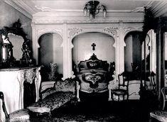 Imagen interior del edificio de la Casa Lis que alberga al Museo Art Nouveau y Art Déco (Salamanca).