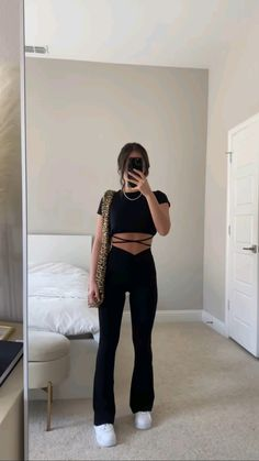 Trendy Summer Outfits, Cute Comfy Outfits, Mode Outfits, Girly Outfits, Simple Outfits, New Outfits, Pretty Outfits, Stylish Outfits, Fashion Outfits
