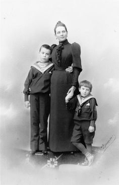 Princess Zénaide with very young Nicholas and Félix