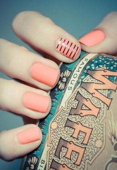 pink matte nails ; thin stripes