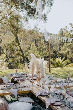 Boho Hen Party, Boho Garden Party, Boho Party Ideas, Boho Themed Party, Wedding Ideas, Hen Party Decorations, Party Themes, Boho Vintage, Beach Picnic