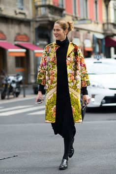 It's all about the coat. #JJMartin rocks the vintage.