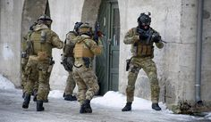 Norwegian Forsvarets Spesialkommando (FSK) operatives in action.