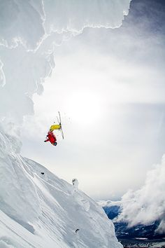 Daredevil skiier does summersault off the mountains of Revelstoke, BC, Canada #Revelstoke