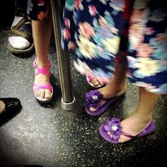 05 September 2013 - D train #brooklyn #nyc #subway #fancy #feet #girls #sandals