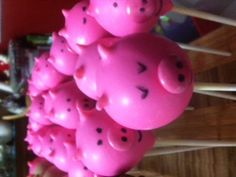 Piggly wiggly pigs