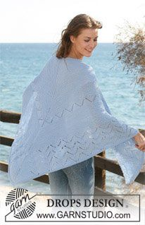"Knitted DROPS shawl in ""Delight"" with lace pattern. Alternatively use ""Baby Merino"". ~ DROPS Design"
