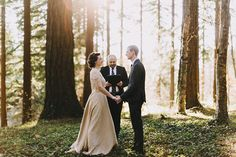 elopement in the woods, photo by Dylan and Sara Photography http://ruffledblog.com/woodland-portland-elopement #ceremony #elopement #wedding