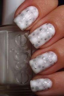 unhas decoradas de branco