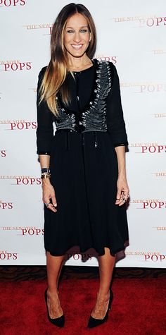 98a9e1b529a2 Sarah Jessica Parker added interest to her sequin-accented three-quarter- sleeve black