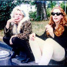 ➳ courtney love & patty schemel in 1993