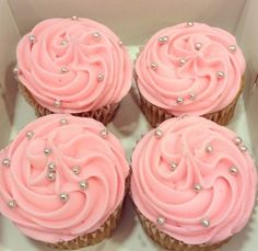 Discovered by Find images and videos about pink and cupcake on We Heart It - the app to get lost in what you love. Sweet 16 Cupcakes, Pearl Cupcakes, Silver Cupcakes, Pink Cupcakes, Cute Cupcakes, Wedding Cupcakes, Birthday Cupcakes, Cupcake Cakes, Sparkly Cupcakes