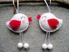Impiccagioni di amore uccelli feltro ornamenti cuori Cute Home Decor animali primavera home decor, valentines feltro decorazioni, Set di 2 pezzi