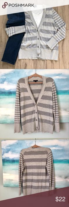 """Banana Republic Boyfriend Cardigan Stripe Snuggle up in this medium weight, boyfriend cardigan with pretty buttons!   Gently loved.  Lots of life left.  No holes or stains.  Approx measures/taken flat: Bust: 20"""" Length: 26"""" Materials: See Tag  Bundle your likes for best pricing and one shipping fee! Banana Republic Sweaters Cardigans"""