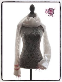 NeverEnding Crochet Scarf Shrug, free crochet pattern on Dearest Debi Patterns