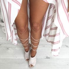 Loving these pink candy stripes  @marnieleighoconnor wears our 2hr Express Mousse in Dark. The only difference between the Express & Deluxe Mousses is the rinse off time - 2hrs for express, and 8 hours for the Deluxe xx
