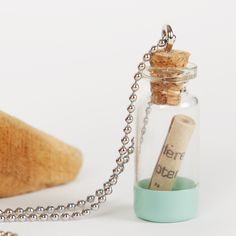 Message in a bottle - necklace Ketting flessenpost, gepersonaliseerd, custommade, handgemaakt, verjaardag, vriendschap, cadeau, fles, tekst, wens, sieraad,vrouw