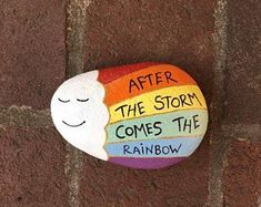 Rock Painting Ideas Discover After The Storm Comes The Rainbow. Memory and Kindness rocks. Listing is for ONE rock. Rock Painting Patterns, Rock Painting Ideas Easy, Rock Painting Designs, Paint Designs, Rock Painting Kids, Ladybug Rock Painting, Painted River Rocks, Painted Rocks Craft, Hand Painted Rocks