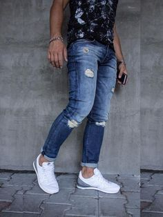 e77fbecf508e9 Men also can access all kinds of clothing and accessories necessary to  accompany the clothes. Skinny ripped jeans are extremely hard and  complicated when ...
