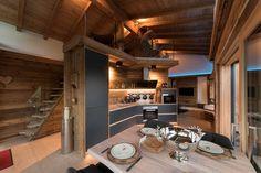 Alpine Blockhütte mit luxuriöser Ausstattung: Besuchen Sie das Chalet Tirolia, lernen Sie unser exklusives Ferienhaus in ausgewählter Lage der Eifel kennen.
