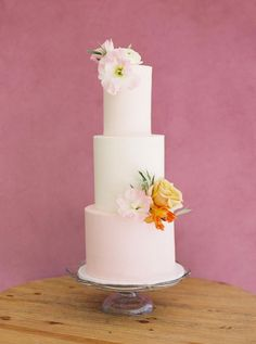The Perfect Transitional Color Palette Between Summer and Fall Wedding Cake Fresh Flowers, Fresh Flower Cake, Black Wedding Cakes, Wedding Cake Rustic, Elegant Wedding Cakes, Elegant Cakes, Wedding Cake Designs, Wedding Cake Centerpieces, Fall Cakes