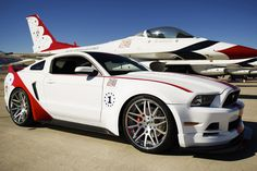 The engineering and design teams at Ford Ford has produced a unique U.S. Air Force Thunderbirds Edition of the 2014 Ford Mustang GT to be sold for charity. Ford Mustang Gt, Mustang Boss 302, 2014 Mustang, Mustang Cars, Mustang Tuning, Ford Lincoln Mercury, Ford Galaxie, Ford Gt40, Us Air Force