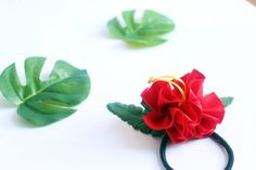 A Set of hibiscus Decorated Hair Ponytail Holders(TR), Women Hair Accessory,tropical accessoties,tro Party Hawaii, Hawaiian Party Favors, Luau Party, Ukulele Accessories, Ukulele Case, Ribbon Lei, Hair Ties, Hair Bow, Ponytail Holders