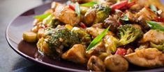 This low carb chicken stir fry is one of the best stir fry recipes made with tender chicken pieces and vegetables coated with keto chicken stir fry sauce. Chicken Stir Fry Sauce, Healthy Chicken Stir Fry, Keto Stir Fry, Fried Chicken, Keto Chicken, Best Stir Fry Recipe, Stir Fry Recipes, Salad Recipes, Healthy Recipes
