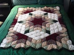 Prairie Star, a free @Red Heart Yarns #crochet blanket pattern, image from yarnjunkie82 on Ravelry