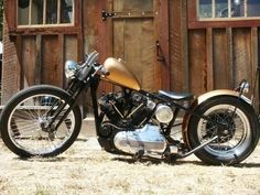 Old School Harley Davidson Ironhead Sportster Bobber. #harleydavidsonchoppersoldschool #harleydavidsonchoppersawesome