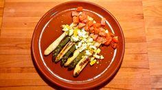 Espárragos a la plancha con vinagreta de huevo y tomate, por Patxi Gimeno, cocinero deportivo www.patxigimeno.com
