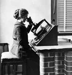 Computer using a photographic plate measuring machine for the international Astrographic Catalogue project, c1905. Source: Museum Victoria.