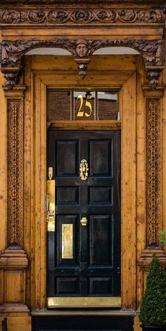 London door ~ England