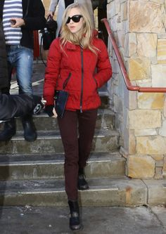 Amanda Seyfried wearing Moncler Grenoble in Aspen #moncler #grenoble #amandaseyfried #monclerfriends