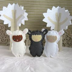 I want to make a few of these to decorate my room with, plus they make cute gifts! - JC