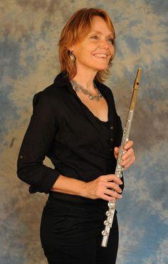Bern - Rita unterrichtet Piccolo und Querflöte