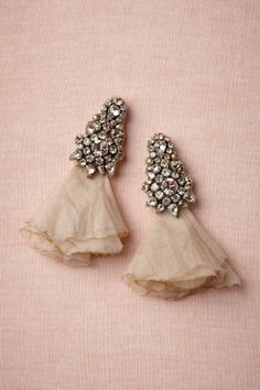 Very unique, chiffon bouquet earrings with a hint of vintage.
