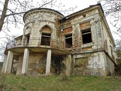 conac iasi - Căutare Google Top 5, Deconstruction, Abandoned, Cabin, Mansions, Architecture, House Styles, Decay, Places