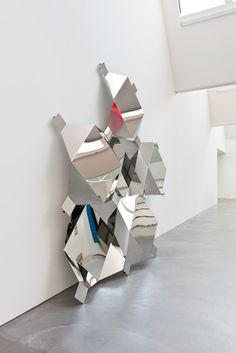 weissesrauschen:  Boris Rebetez: Reflection as Protection, 2012 stainless steel, aluminium