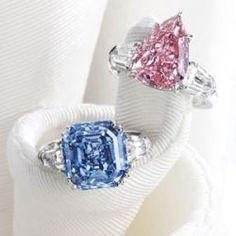 8.01 ct. vivid blue diamond and 5.03 ct. pear pink diamond for auction at Sothebys in Hong Kong.