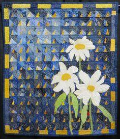 """Good Morning Sunshine"" quilt by Debra Ramsey.  Photo by Cathy Geier's Quilty Art Blog: Shipshewana Quilt Festival 2015"