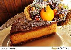 Dýňový koláč s čokoládou recept - TopRecepty.cz French Toast, Breakfast, Desserts, Food, Morning Coffee, Tailgate Desserts, Deserts, Meals, Dessert